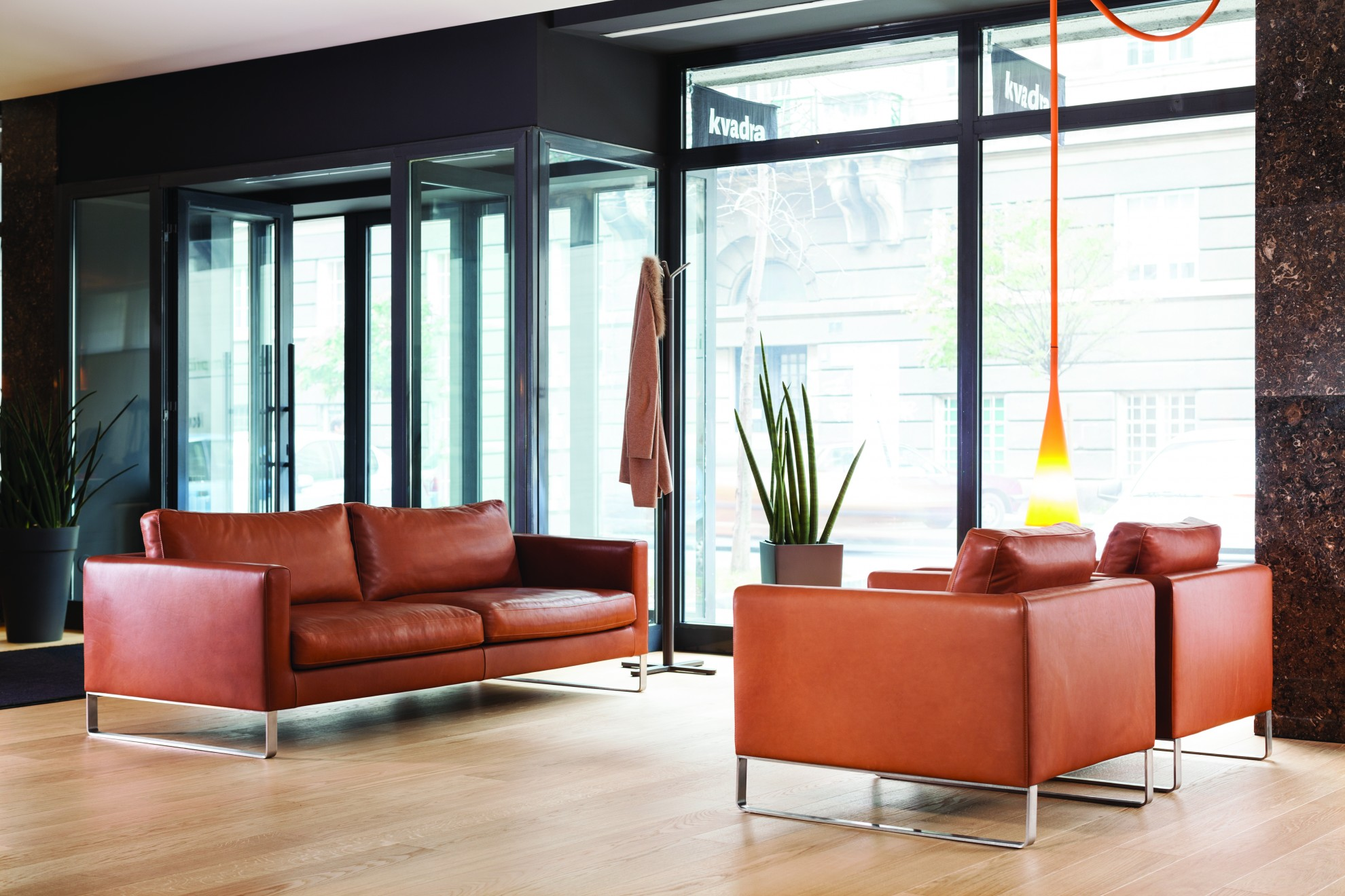Prostoria showroom k ln for Wohndesign by terry palmer